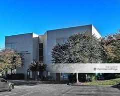 Wesley Long Professional Building - Greensboro