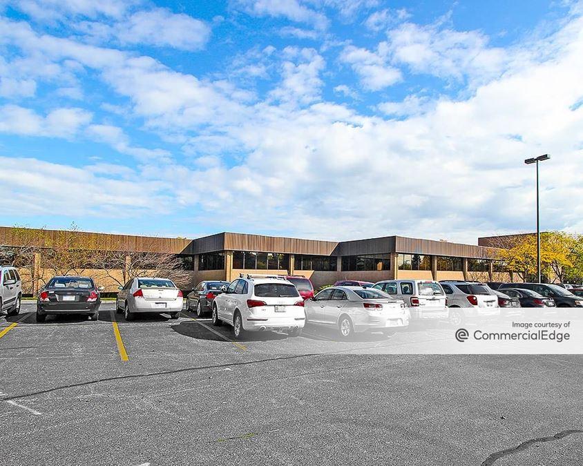 Bridge Pointe Office Park - 3855 Sparks Drive