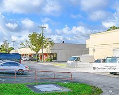 Ives I-95 Business Center - Miami