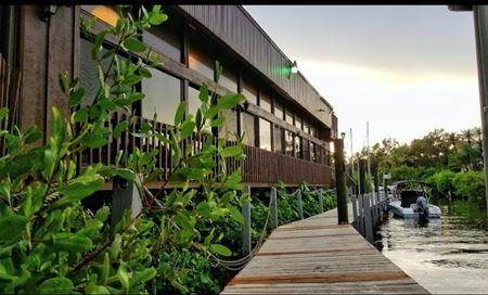 Turn Key Waterfront Restaurant - Sarasota