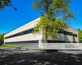 The Pomerantz Personnel Building