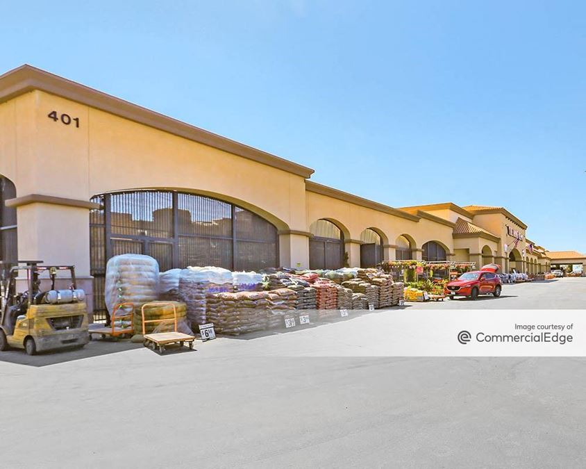 Camarillo Town Center - Home Depot