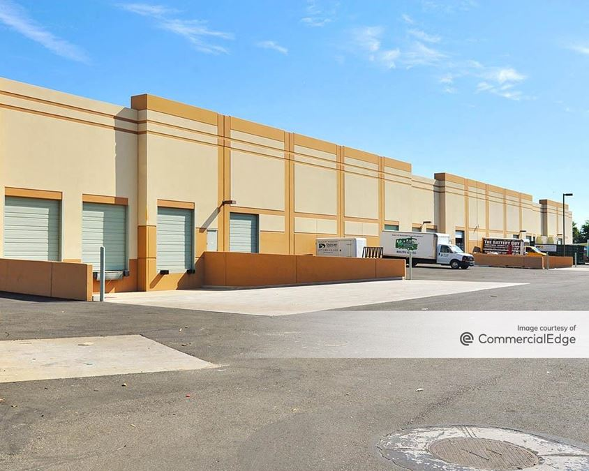 202 Business Park - Buildings 560 & 566