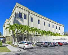 704 & 708 Goodlette-Frank Road - Naples