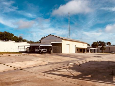 Industrial with Easy Access to I-75 - Sarasota