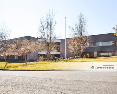 Warren Innovation Center - 40 & 45 Technology Drive - Warren