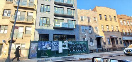 653 Metropolitan Ave - Brooklyn