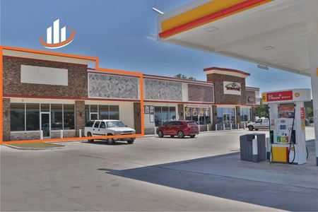 ± 1,000 - 2,400 SF Retail Space | 5701 Raymond Stotzer Parkway | College Station, TX - College Station