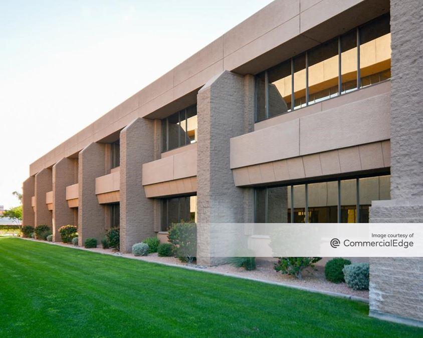 Corporate Center - 10020, 10210 & 10220 North 25th Avenue