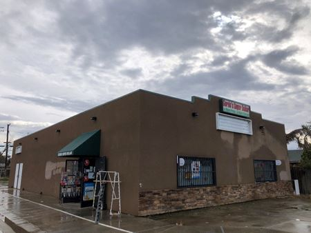 ±3,000 SF Freestanding Retail Building in Orange Cove - Owner/User or Investment - Orange Cove