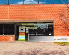 Oakton Corporate Center III - Oakton
