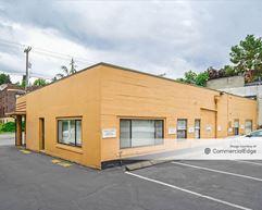 Eastlake Professional Center - Seattle