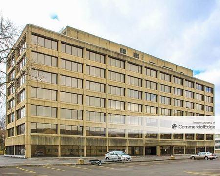 Westgate Plaza Building - Rocky River