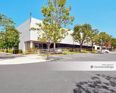 2101 Corporate Center Drive - Thousand Oaks