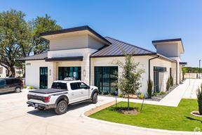 4841 Williams Drive Georgetown Texas 78633