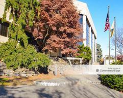Overlook Corporate Center - Little Falls