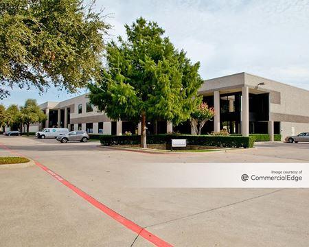 Valwood Distribution Center 21 - Carrollton