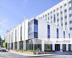 Fullerton Towers - 1400 - Fullerton