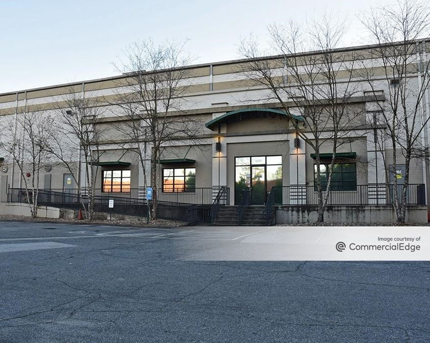 5211 Industrial Court SE