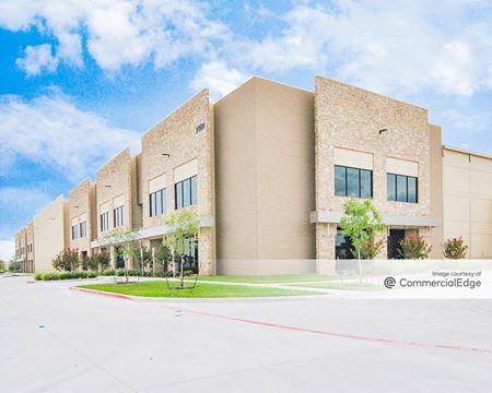 Crossroads Trade Center Building 3 - DeSoto