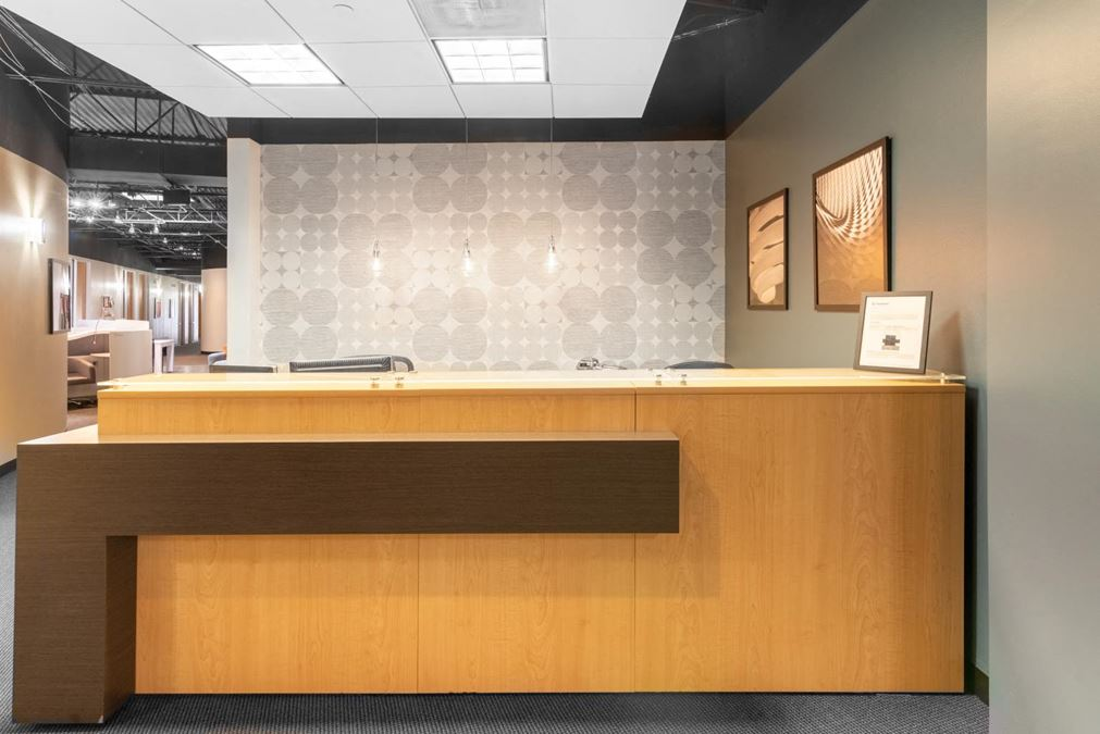 Regus | Dallas Communications Complex
