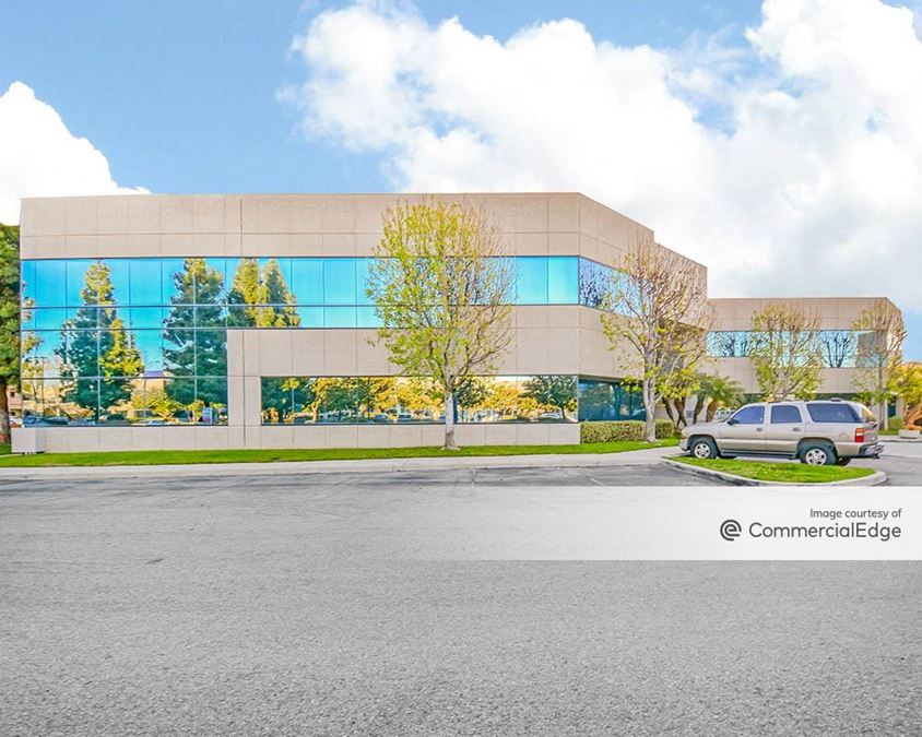 Cypress Pointe Office Park - 5856 Corporate Avenue