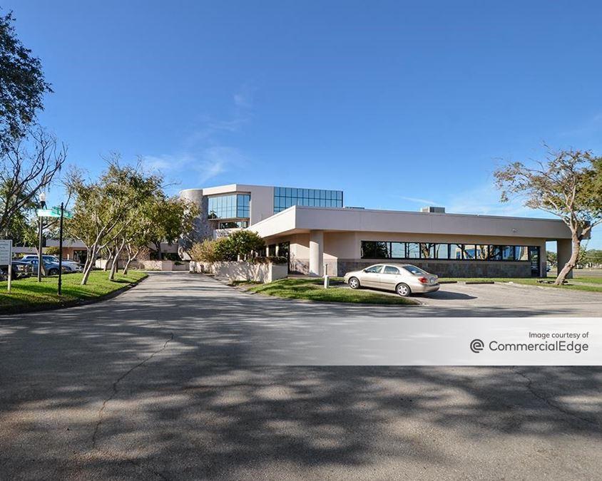 Blue Heron Technology Center - 11201 Corporate Circle North & 11205 Blue Heron Blvd