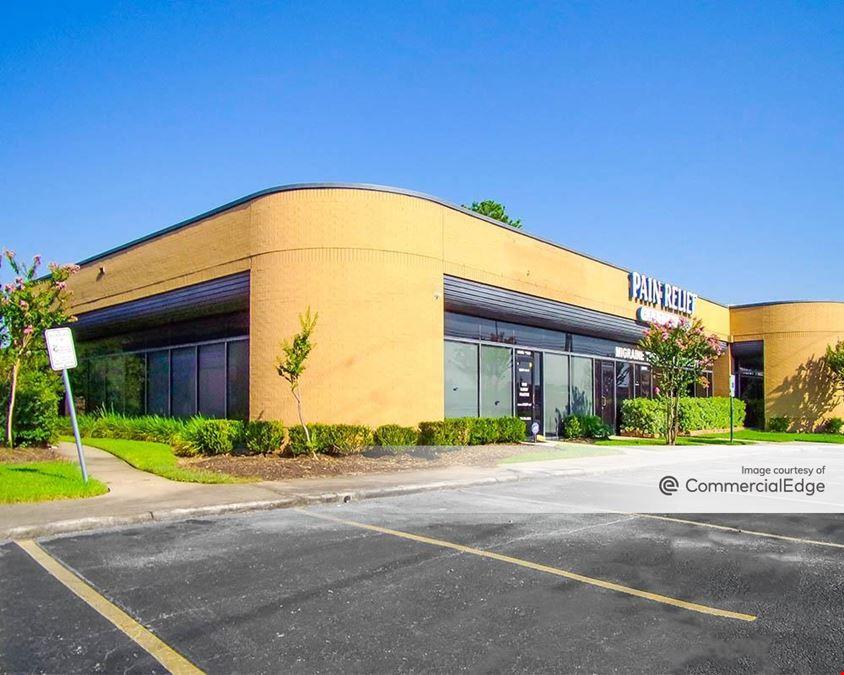 Woodpark Business Center - 25301, 25319 & 25323 Interstate 45 North