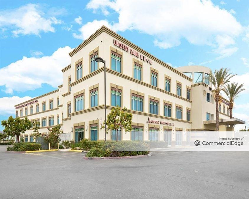 Nogales Medical & Professional Plaza
