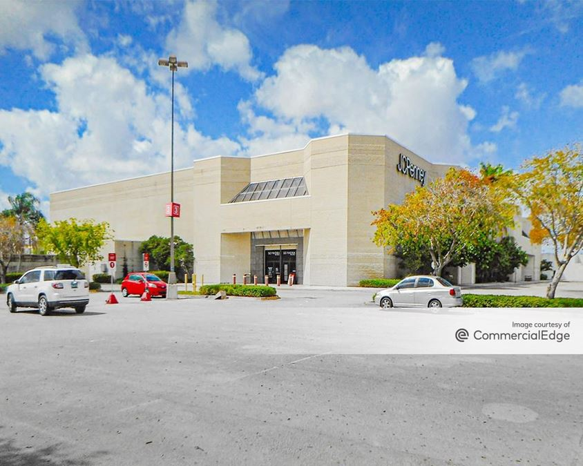 Miami International Mall - JCPenney