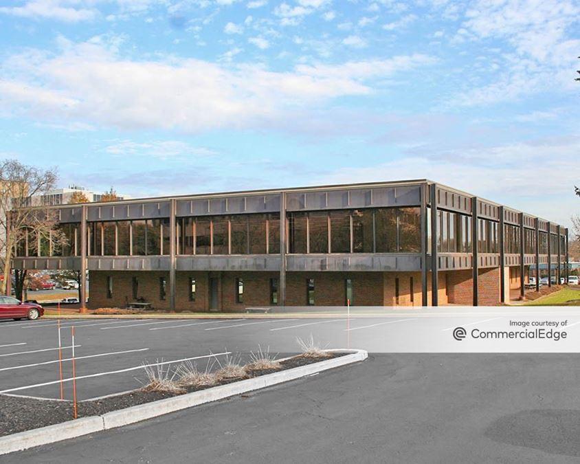 Camp Hill Corporate Center - 211 House Avenue