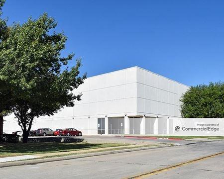 Jetstar Business Center - 8181 Jetstar Drive - Irving