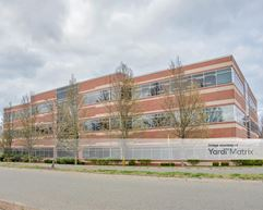 600 Technology Center Drive - Stoughton