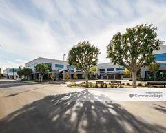 Pacific Center - 1610 - Santa Ana