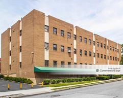 140 Lockwood Medical Campus - New Rochelle