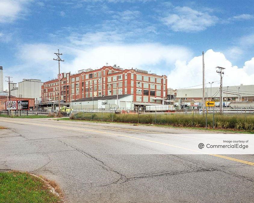 490 Michigan Avenue East
