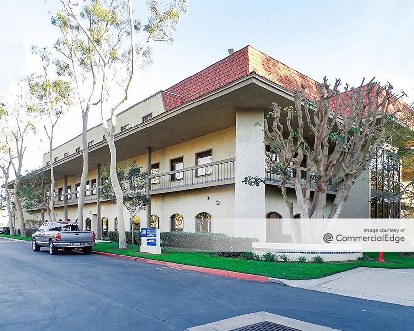 Torrance Civic Plaza and Medical Center - 3480 Torrance Blvd & 21311 Madrona Avenue