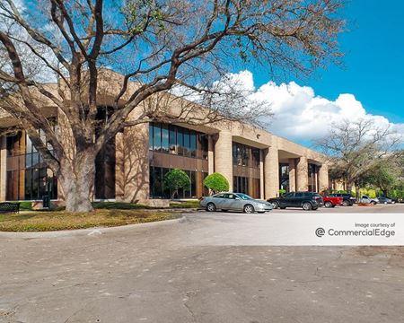 7100 Regency Square Blvd - Houston