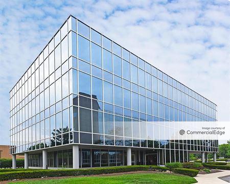 Corporate Center - 880 Corporate Drive - Lexington