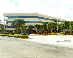 Venture Corporate Center III - Hollywood