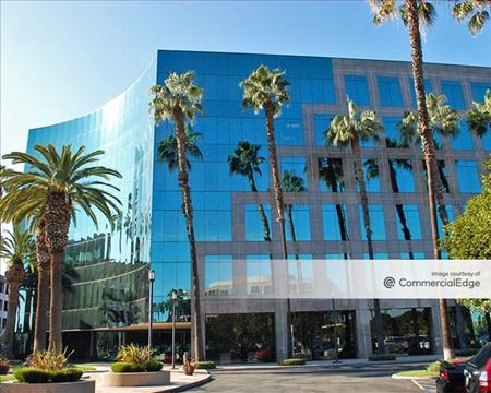 Kilroy Airport Center - 3760 Kilroy Airport Way - Long Beach