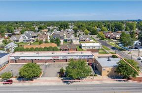 1400-1412 Eureka Rd For Lease
