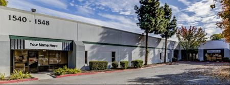 End warehouse unit with Dock and Grade loading Space Photo Gallery 1