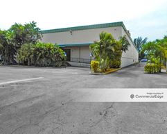 Sunshine State Industrial Park - 1400 NW 159th Street - Miami Gardens