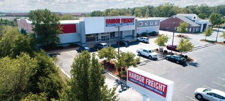 8,526' Branson Retail Unit (next to Harbor Freight) - Branson
