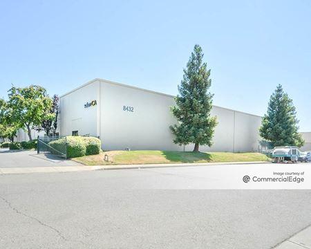 8432 Rovana Circle - Sacramento