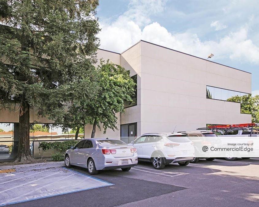 Sutter Health Memorial Medical Center - 1401 Spanos Court
