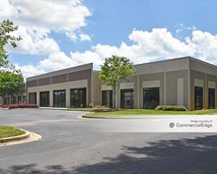 Camp Creek Business Center - Building 1200 - East Point