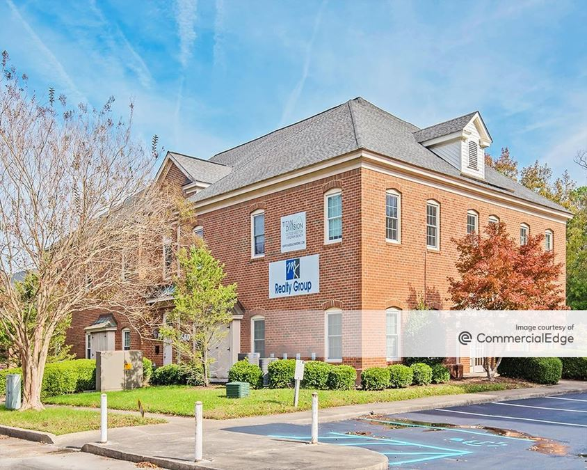 Lynnhaven Commons Office Complex - 562, 564, 580 & 582