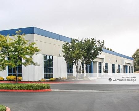 1670 Corporate Cir - Petaluma